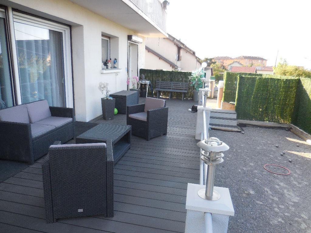 a vendre thonon appartement standing 5 pi ce s m2 en rez de jardin groupswiss. Black Bedroom Furniture Sets. Home Design Ideas